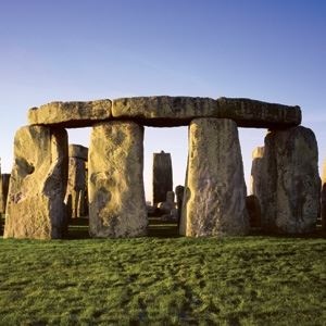 Stonehenge and Bath Tour with Free Lunch Pack