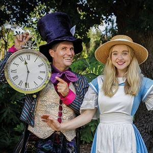 Alice In Wonderland In Kew Gardens