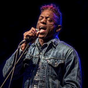 Blues at TLR: Earl Thomas