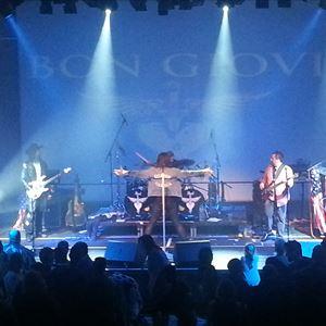 Bon Giovi - The World's best Bon Jovi tribute band
