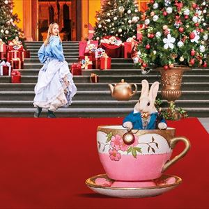 Christmas at Blenheim Palace: Alice in the Palace