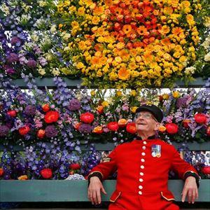 Coach + Chelsea Flower Show - South Essex