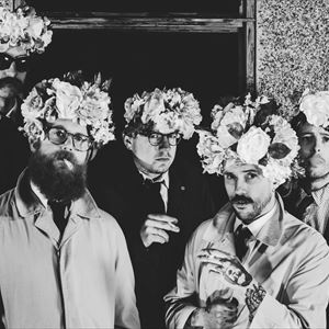IDLES plus Heavy Lungs
