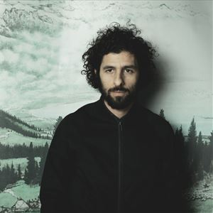 José González performing with The String Theory