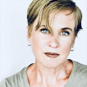Upset The Rhythm presents Kristin Hersh