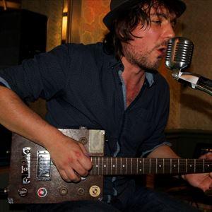 Live Blues @ Tigermilk ft Benny Carr