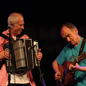 Martin Carthy & John Kirkpatrick at Cutty Sark