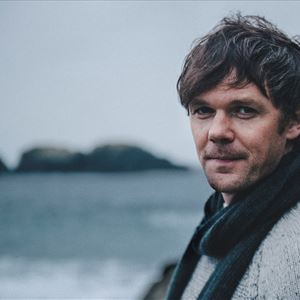 Roddy Woomble and Band