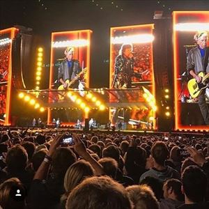 Rolling Stones ( RETURN TRAVEL FROM GLASGOW )