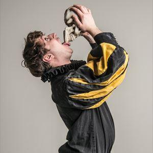 Sh*t Faced Shakespeare: Hamlet