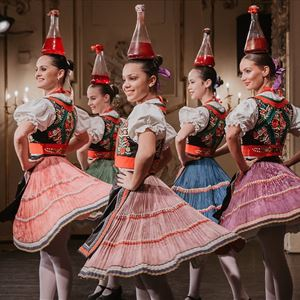 Hungarian Dance Performance, Folklore Show 2020